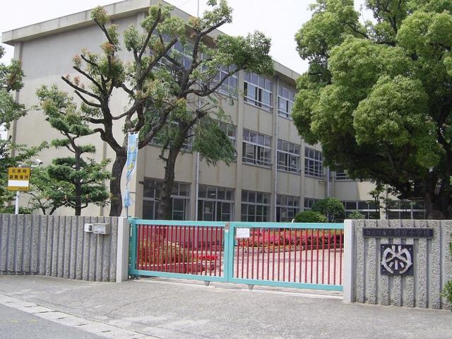 別府小学校 1,440m