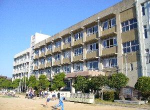 高浜小学校 1210m