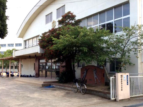播磨西小学校 約660m(徒歩9分)