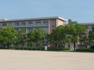 尾上小学校 約100m(徒歩2分)