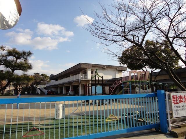 高砂幼稚園…約1080m