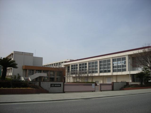 稲美北中学校…約2070m